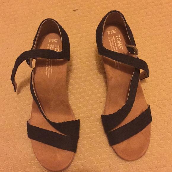 6cccf19adc4 Toms Shoes - Tom s sandal